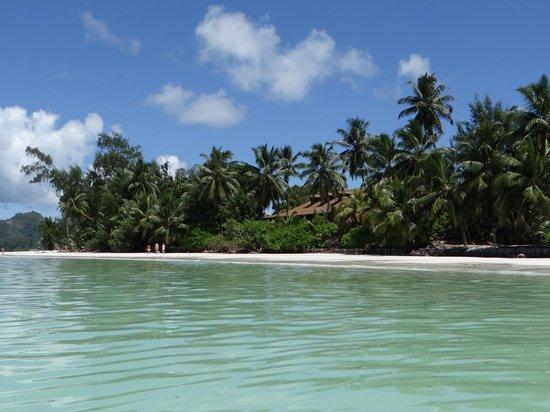 Le Duc de Praslin : Superbe plage de l'hôtel - Anse Volbert