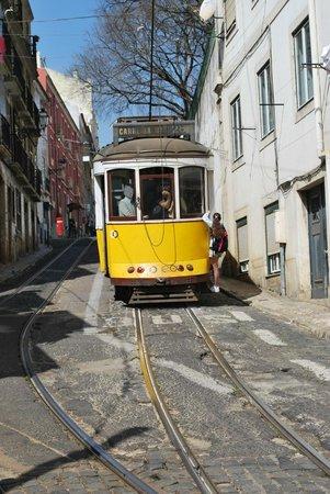 Lisbonne Âme & Secrets : Tram N° 28