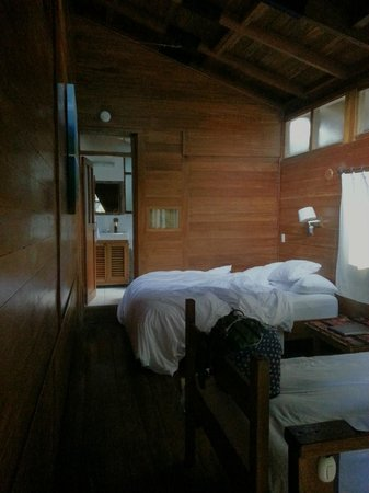 Rupa Wasi  Lodge: The suite. The bathroom is in the back, and the entrance in the lower right corner