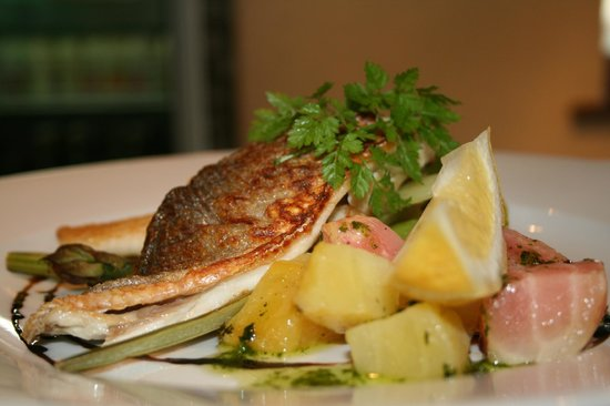 The Barn Cafe Bistro: Pan fried fish
