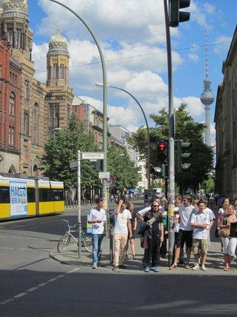 Oranienburgerstrasse: Streetcar passing the Neue Synagoge on Oranienburger Strasse Berlin.