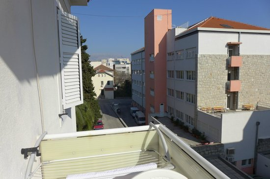 Split Apartments - Peric Hotel: view from balcony