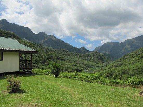 Relais de la Maroto: Bungalow 1 and the Papeno'o Valley, looking NE.