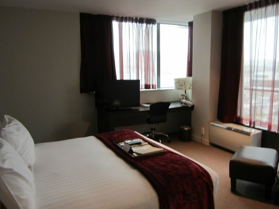 Rydges Wellington: Deluxe King Harbor View Room