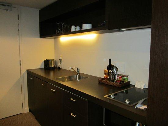 Rydges Wellington: Kitchenette