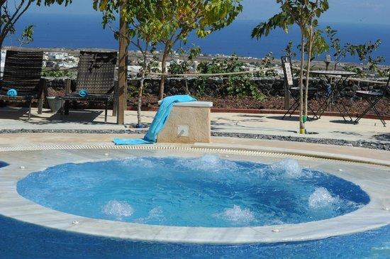 Santorini Mesotopos: jacuzzi