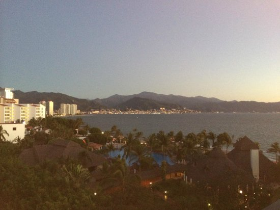 Melia Puerto Vallarta All Inclusive: evening view from room