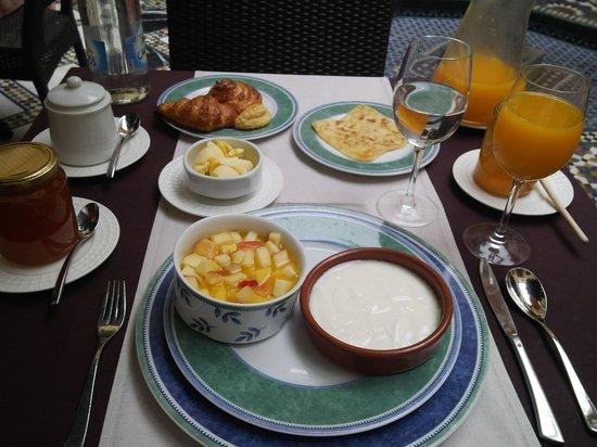 Riyad Al Moussika: Desayuno