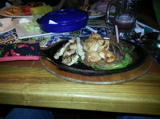 Chili's Bar & Grill - International Drive: food