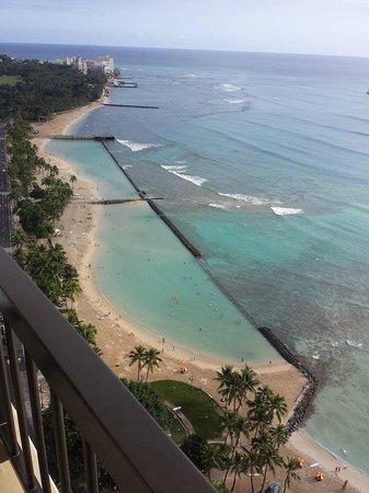 Hyatt Regency Waikiki Resort & Spa: View From Room