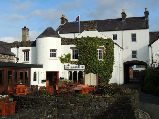 The Bushmills Inn Hotel: Hotel Exterior