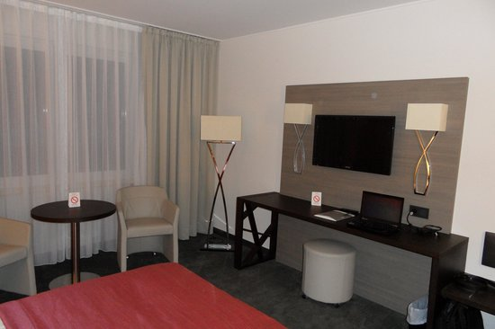 Alvisse Parc Hotel: la chambre