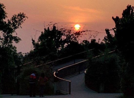 Aahana the Corbett Wilderness: Sun set at Aahna