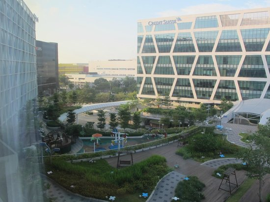 Capri by Fraser Changi City : View from the room