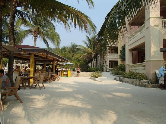 Infinity Bay Spa and Beach Resort: View from beeach