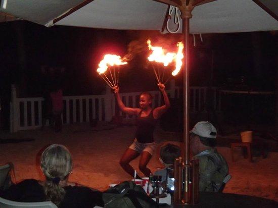 Infinity Bay Spa and Beach Resort: Fireshow
