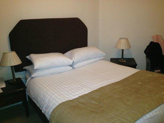 John Burton-Race Restaurant & Rooms: Room