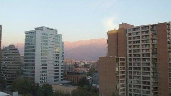 Ibis Santiago Providencia: Vista do Hotel