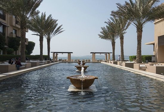 Park Hyatt Jeddah - Marina, Club & Spa: View from the cafe area