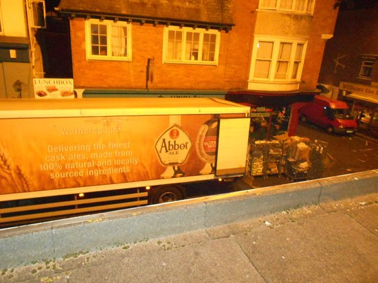 B+B Weymouth: Delivery lorry outside