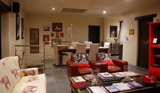 Whale Rock Guest House : La salle à manger et salon