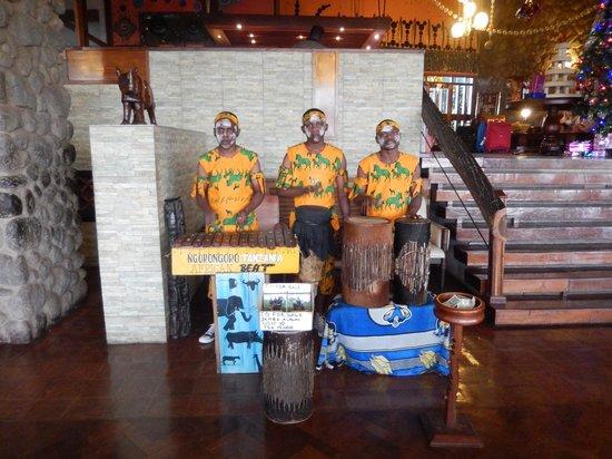 Ngorongoro Wildlife Lodge: Evening Entertainment