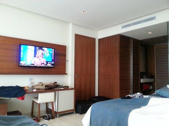 Secrets The Vine Cancun: Zimmer seitlicher Meerblick