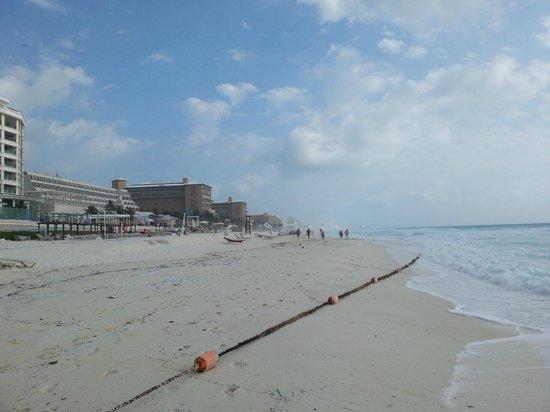 Secrets The Vine Cancun: Hotelstrand