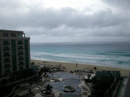 Secrets The Vine Cancun : Aussicht vom Balkon