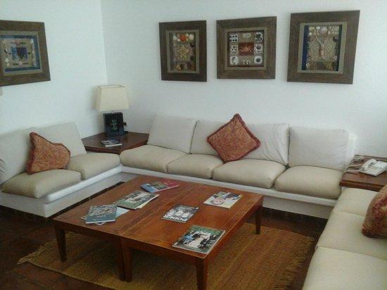 La Hacienda Bahia Paracas: Living room