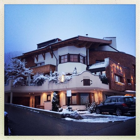 Hotel Rosa Canina after a day of spring snow