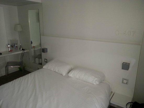 Ibis Styles Menton Centre: La chambre