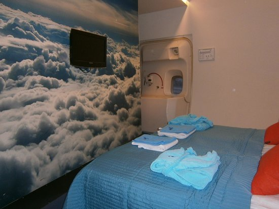 Jumbo Stay: blackbox room
