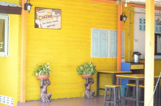 VareeVara Apartment: Le coin petit déjeuner