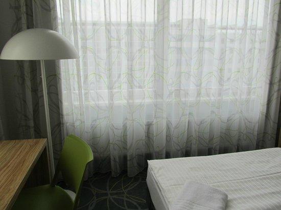 zimmer mit ausblick picture of cityherberge dresden tripadvisor. Black Bedroom Furniture Sets. Home Design Ideas