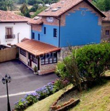 Hotel L'Alloru: Hotel desde mirador