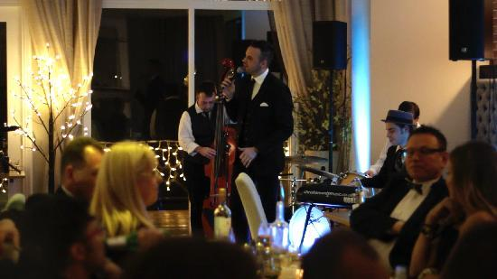 Sands Hotel: New Years Eve with The Swing Chasers