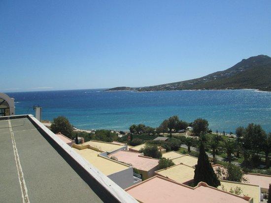 Dolce Attica Riviera: beach