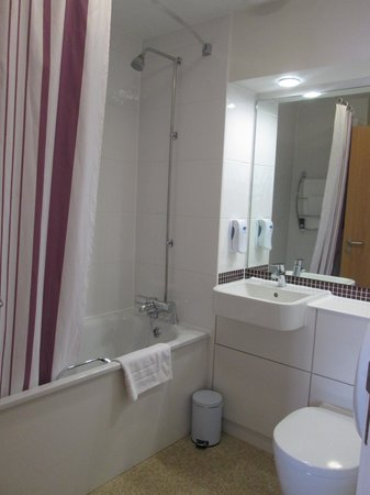 Premier Inn Dover East Hotel : Spotless, warm and spacious