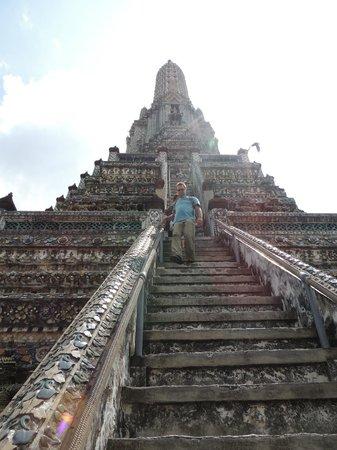 Templo del Amanecer (Wat Arun): Tower steps