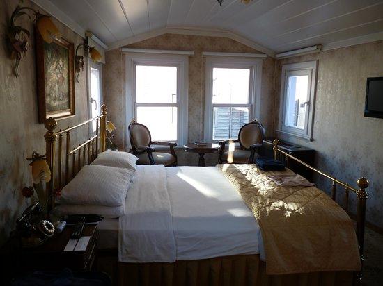 Hotel Darussaade Istanbul: Room 303