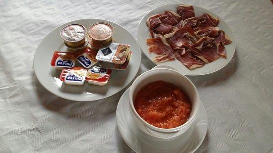 Hotel Maravedi: Desayuno