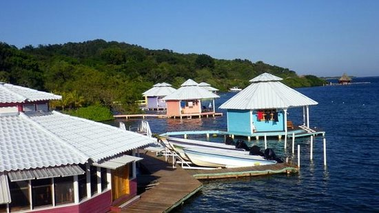 Mango Creek Lodge : view from boat house upper deck