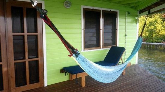 Mango Creek Lodge : patio on cabana 5