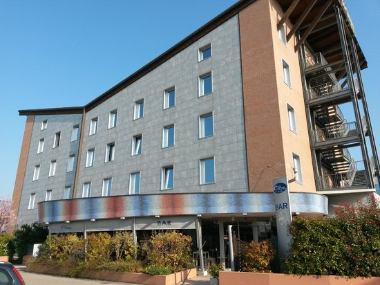 EuroHotel: Hotel front