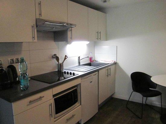 Le 32 : Kitchen