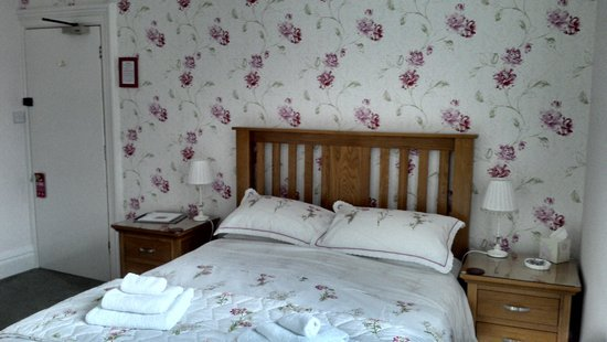 Tan Dinas Country House: Cedar Room