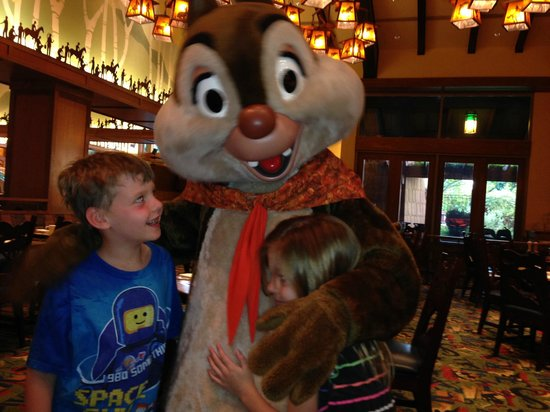 Disney's Grand Californian Hotel & Spa: Character breakfast at the Storytellers Cafe