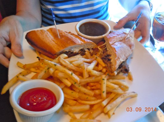 Cafe Provence: Sandwich with Fries