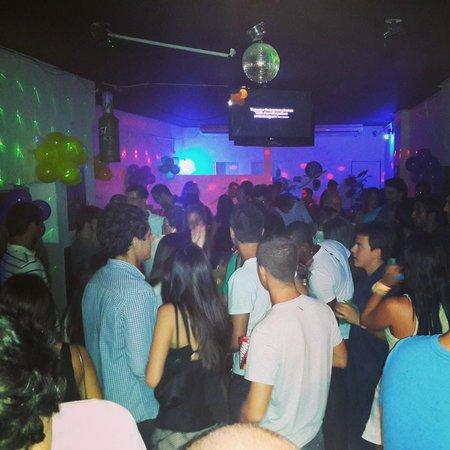 Samba Palace Hostel: pista de dança